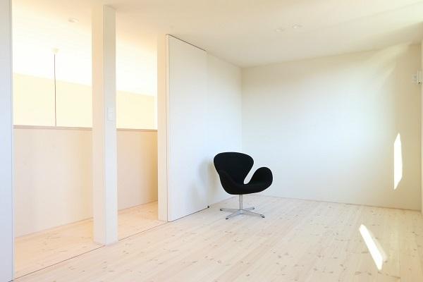 Case Study House が出来るまで5/ 美しい黒と白の家。_a0299347_12103189.jpg