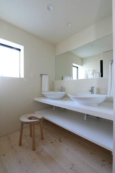 Case Study House が出来るまで5/ 美しい黒と白の家。_a0299347_12152879.jpg