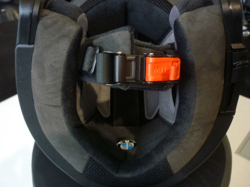 システム6ヘルメットを購入しました_e0254365_18211304.jpg
