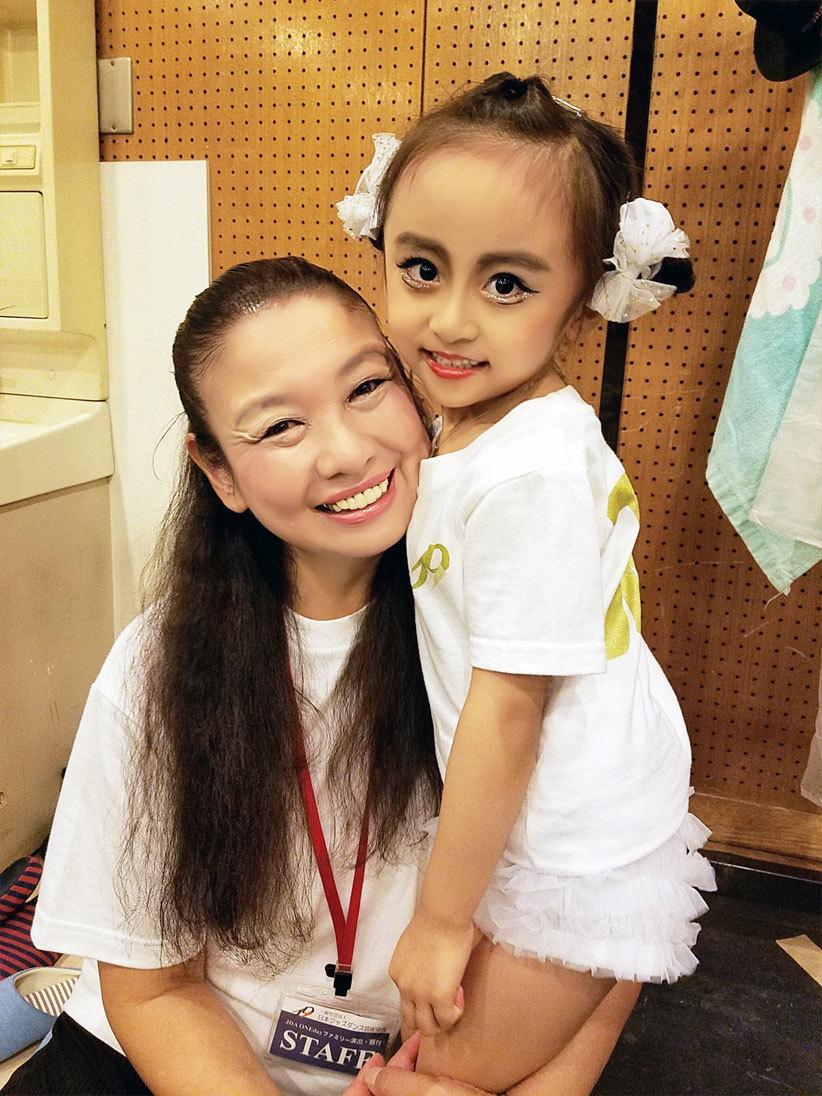 娘の初ジャズダンス舞台…終演!!感動が一杯(泣)_d0224894_02505114.jpg