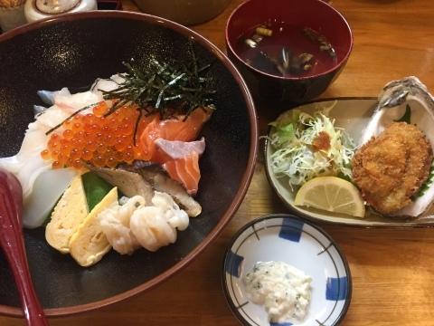鳥取港海鮮産物市場かろいち  若林商店 ご馳走空間_e0115904_23431243.jpg