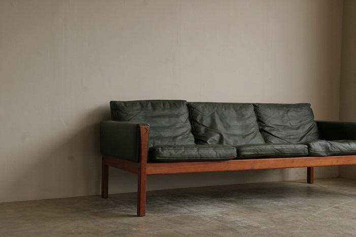 『Hans J Wegner AP62 3 Seat Sofa(Teak)』_c0211307_10171233.jpg