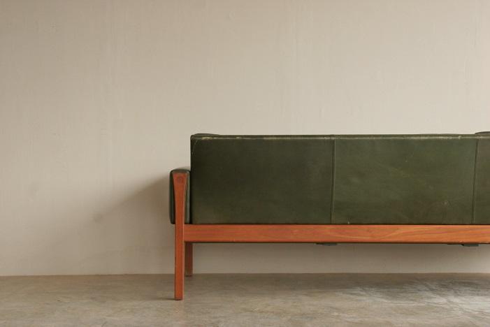 『Hans J Wegner AP62 3 Seat Sofa(Teak)』_c0211307_10172013.jpg