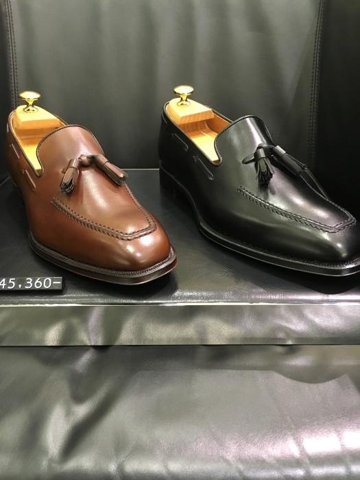 紳士靴売場今季はタッセルローファーが多めでしょうか_b0226322_11215646.jpg