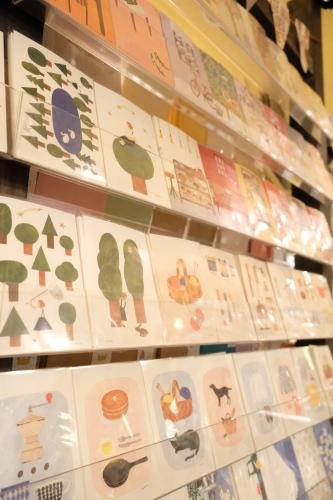新入荷のポストカードたち_c0219051_19564013.jpg