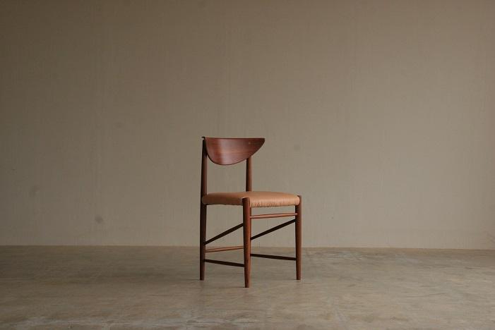 『Peter Hvidt&Orla Molgaard Nielsen Teak Chair』_c0211307_12103532.jpg