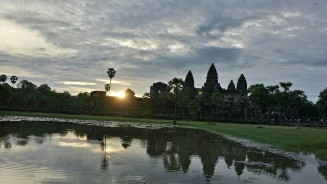 カンボジア旅日記_d0086634_16045106.jpg