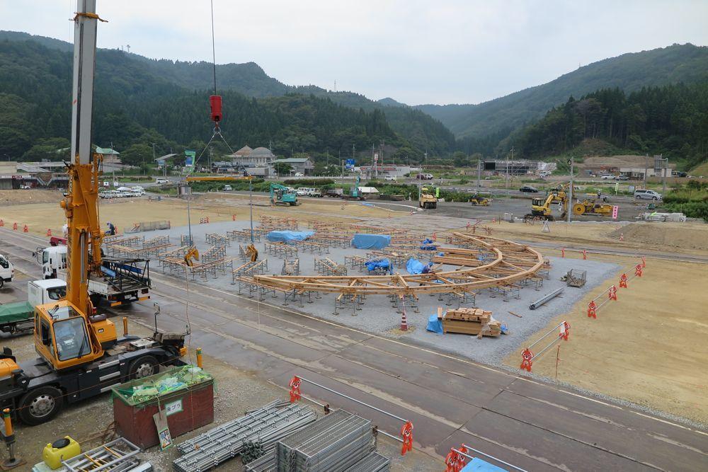 二ツ井道の駅:地組みが始まる_e0054299_06344630.jpg