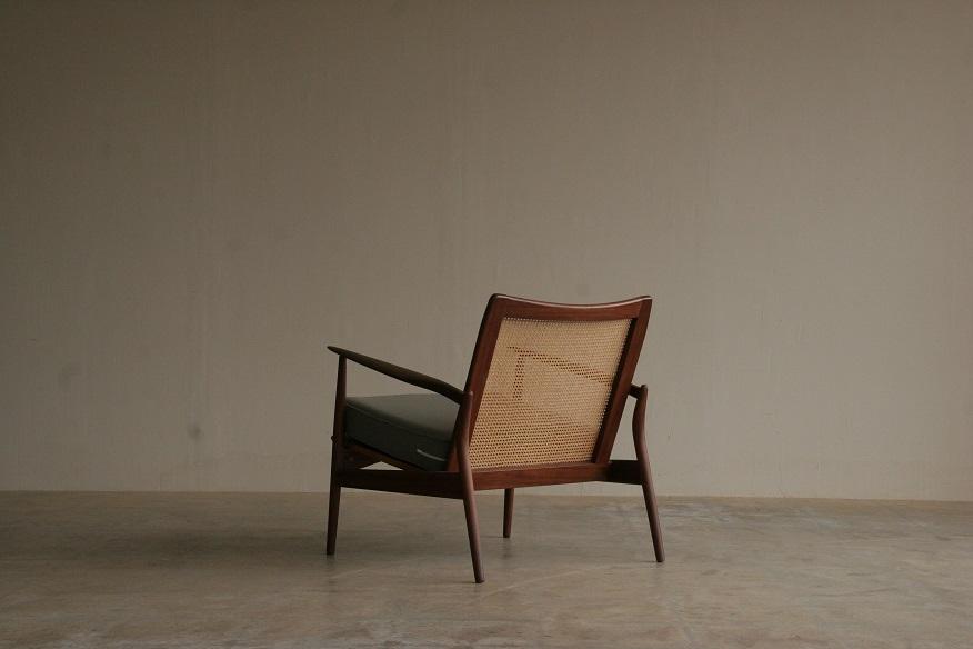 『wallnut&Rattan Easy Chair』_c0211307_2133217.jpg