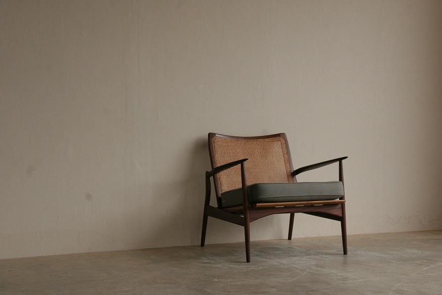 『wallnut&Rattan Easy Chair』_c0211307_2133416.jpg