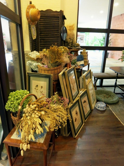 Cafe de VERANDA/ヴェランダ*旧軽に素敵なカフェがまたひとつ♪_f0236260_01274736.jpg