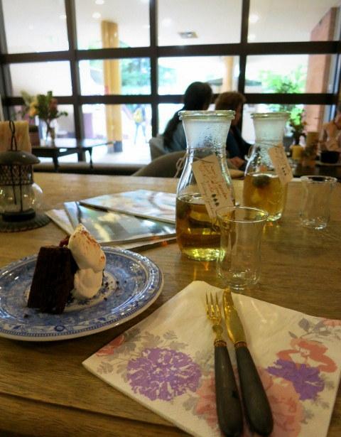 Cafe de VERANDA/ヴェランダ*旧軽に素敵なカフェがまたひとつ♪_f0236260_01304736.jpg