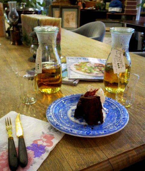 Cafe de VERANDA/ヴェランダ*旧軽に素敵なカフェがまたひとつ♪_f0236260_01454510.jpg
