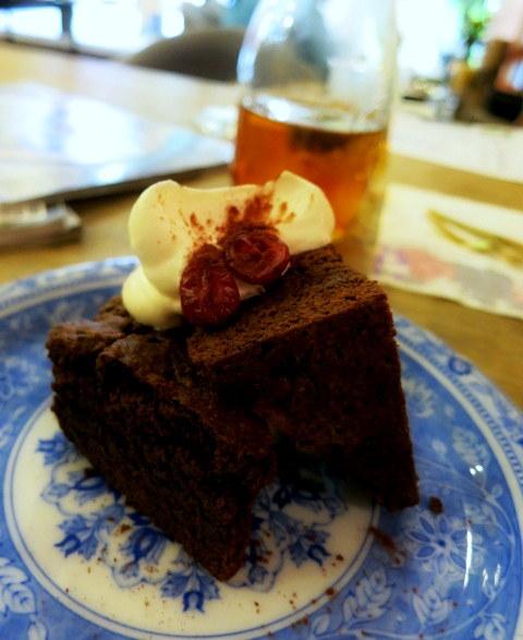 Cafe de VERANDA/ヴェランダ*旧軽に素敵なカフェがまたひとつ♪_f0236260_01470132.jpg