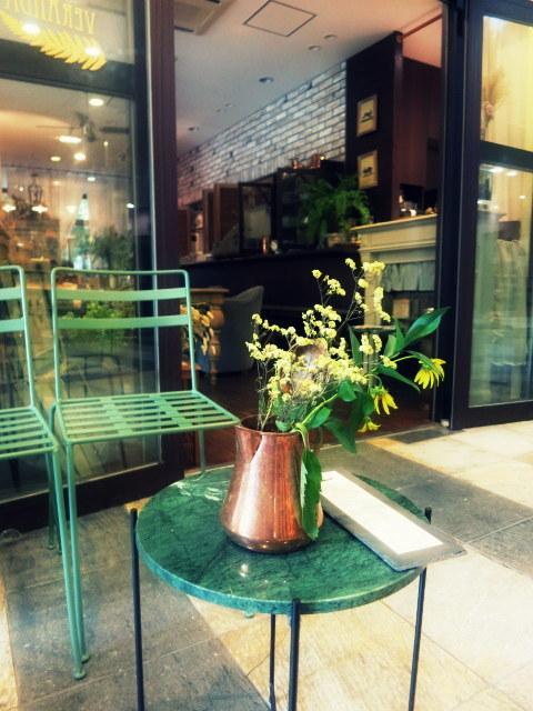 Cafe de VERANDA/ヴェランダ*旧軽に素敵なカフェがまたひとつ♪_f0236260_01484914.jpg