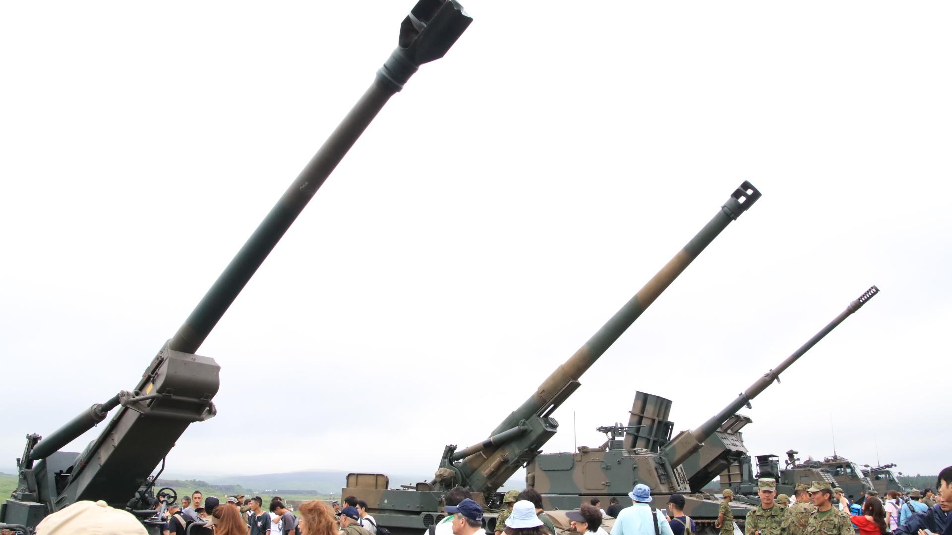 富士総合火力演習 (武器展示)_d0202264_8504469.jpg