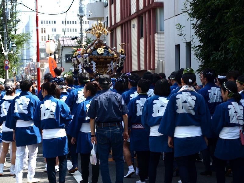 本日と明日の2日間、9月9日(土)・9月10日(日)は、吉祥寺秋祭りです。_e0122680_14423541.jpg