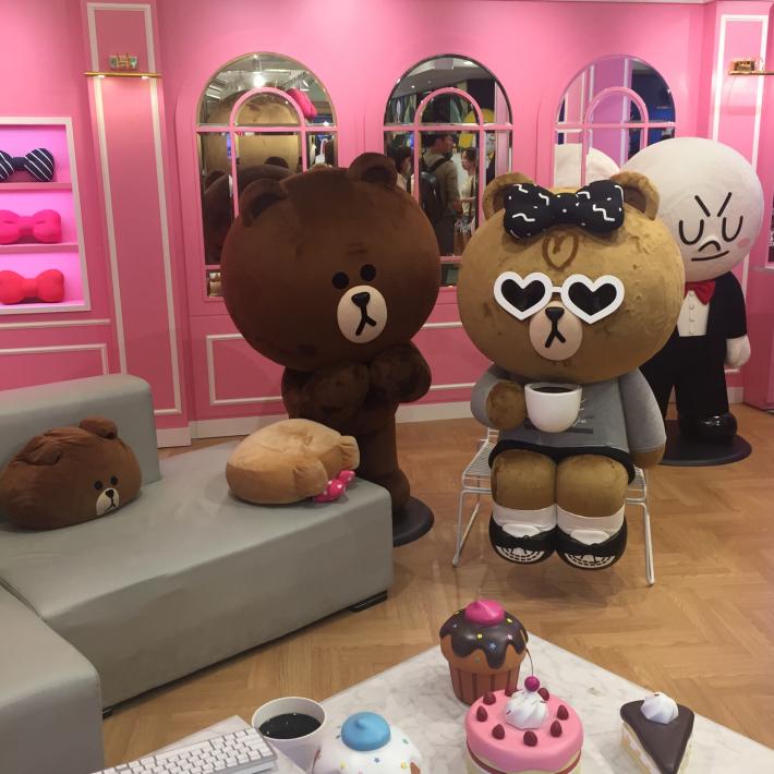 17年8月オフ会ソウル 11☆チョコちゃんのお部屋とブラウンの撮影スポット_d0285416_22061148.jpg