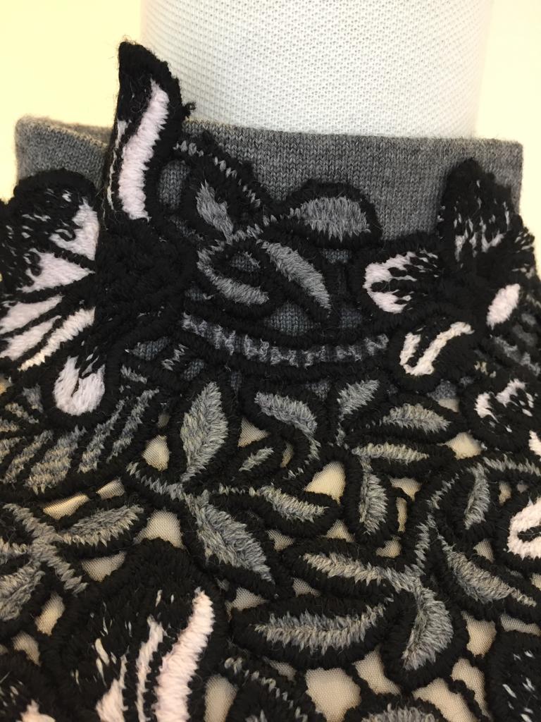 刺繍ニット_c0223630_15371582.jpg