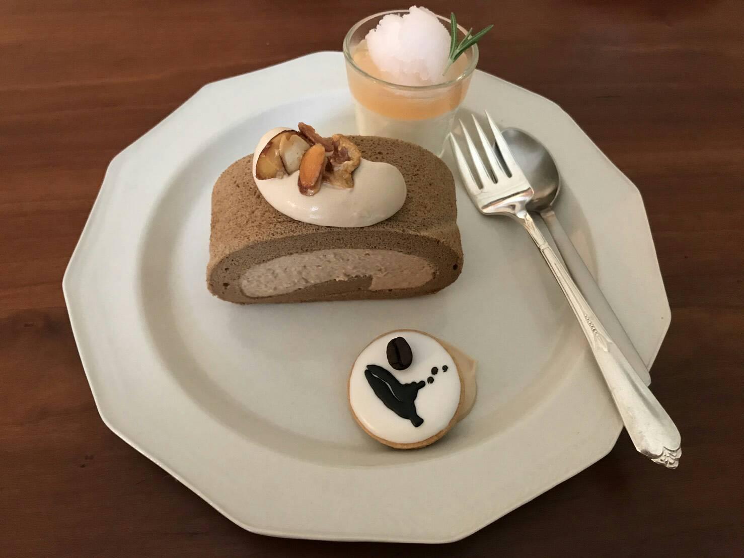 cafe Fikaさんと余白珈琲さんの世界に♡_b0345432_20313586.jpg
