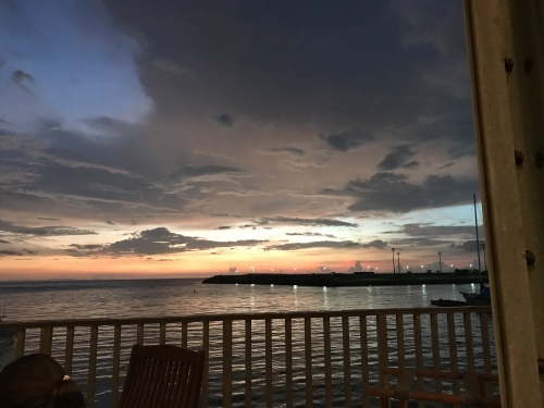 Sunset dinner at the seaside ristorante._c0153966_21483559.jpg