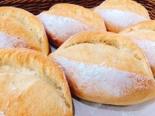 知多半島産のお米を使った米粉パン!!_c0141652_15464011.jpg