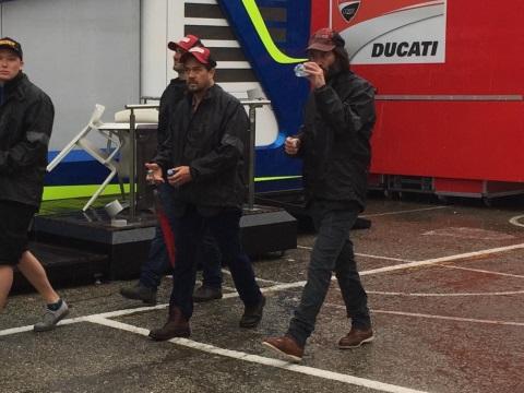 キアヌ・リーブス、Moto GP観戦 (Keanu Reeves a Misano)_e0059574_23412294.jpg