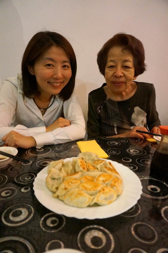 美味しい餃子が食べられる店。_c0180686_01324974.jpg