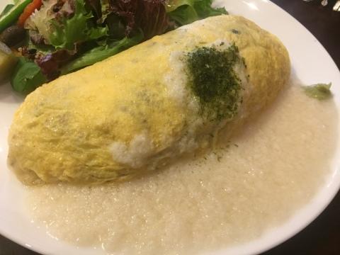 喫茶 1er ぷるみえ (五穀米と鶏そぼろご飯に冷しとろろソース)_e0115904_22282337.jpg
