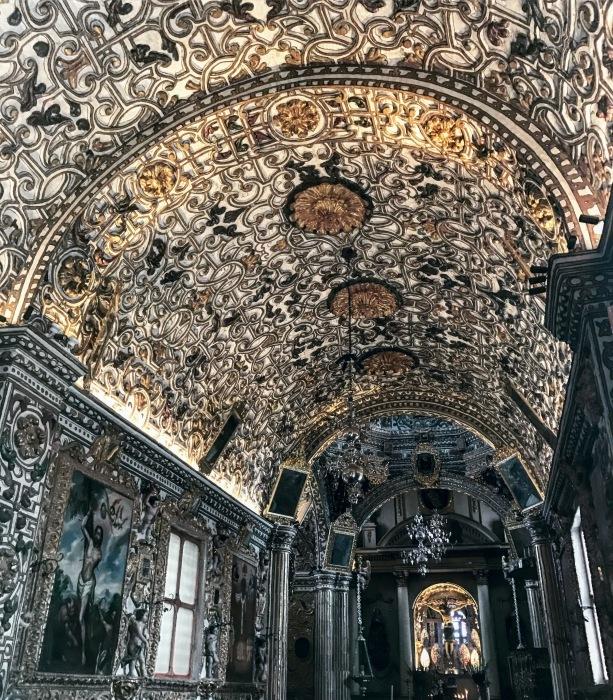 メキシコのゴシック聖堂①トラコルーラにある聖母の被昇天教会_d0116009_09153157.jpg