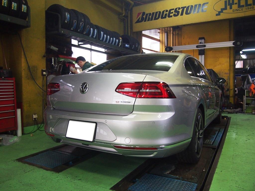 VW・パサート、ヒッチメンバー取付_e0188729_15145517.jpg