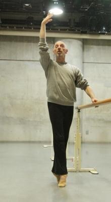 ダンスの基礎を再学習できる「ギーポール」バレエクラス始まる_d0178431_11442529.jpg