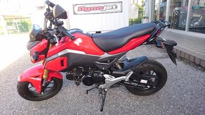 GROMのバイクザシート ハイシート仕様人気です_e0114857_9394054.jpg