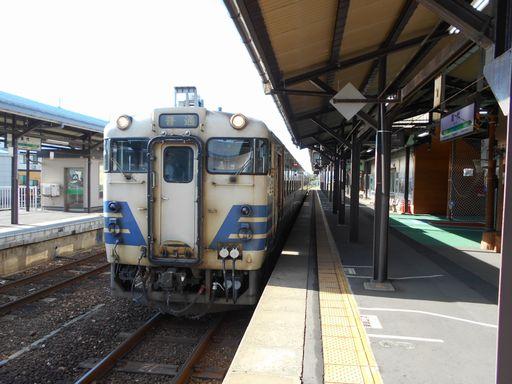 真夏の北日本海鉄道 6 (五能線)_b0005281_21543362.jpg