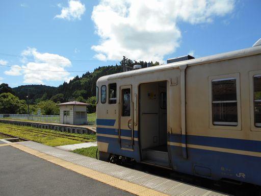 真夏の北日本海鉄道 6 (五能線)_b0005281_21592593.jpg