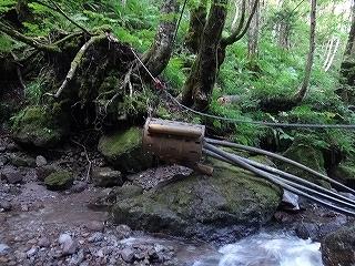 大滝と苔むした原生林の沢(乗鞍岳久手御越谷)_e0064783_21083453.jpg