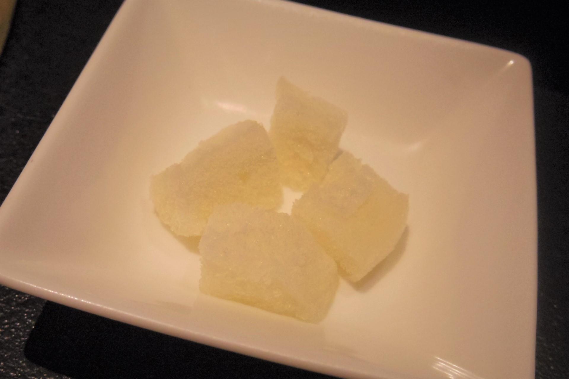 麻布十番「BULLS」大人焼肉ならでは。松茸1本丸ごと使ったビビンパもおススメ。_b0354293_23075475.jpg