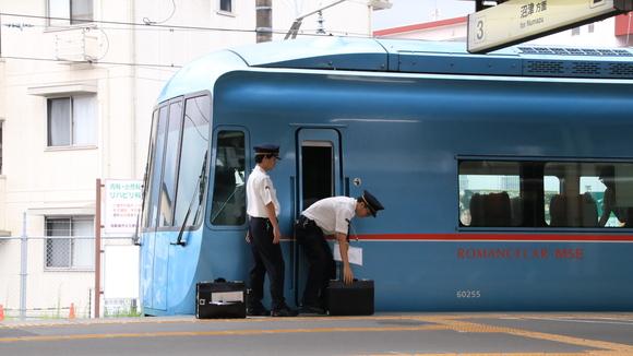 JR御殿場駅にて! _d0202264_4463062.jpg