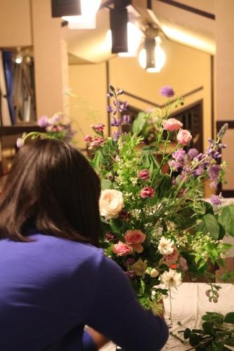F.L.ライトの建物で花を活ける 「Décoration Florale―デコラシオン フローラル【芸術文化】 水曜 19:00-20:30 *スポット受講可能_c0128489_13563685.jpg