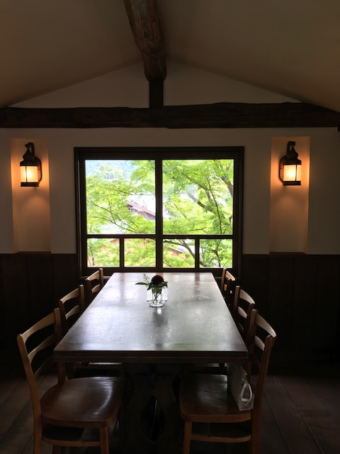 真如堂の近く・秋の気配のレトロなカフェ・吉田山荘・真古館_f0181251_15431694.jpg