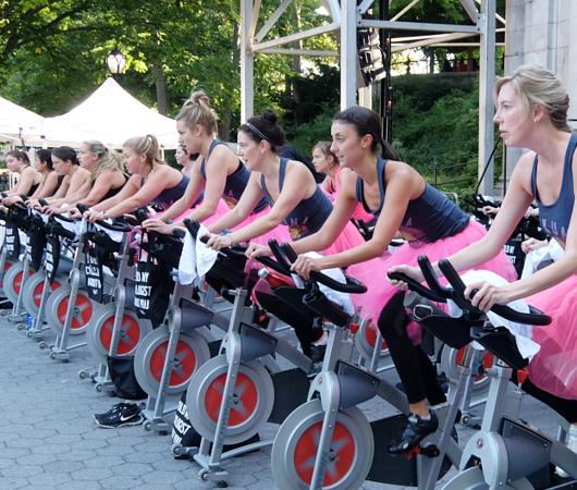 たぶん、NY生まれの新しいフィットネス「ビート・ベイスト・サイクリング」Beat-Based Cycling_b0007805_7515520.jpg