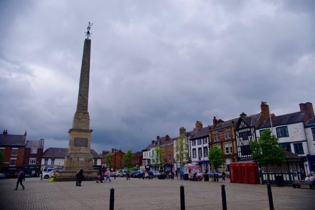 北イングランドの英国ガーデンをめぐる旅その23 マーケットの町リポンとリポン大聖堂、そしてラッパ吹き!(ヨークシャー州)_e0114020_01165682.jpg