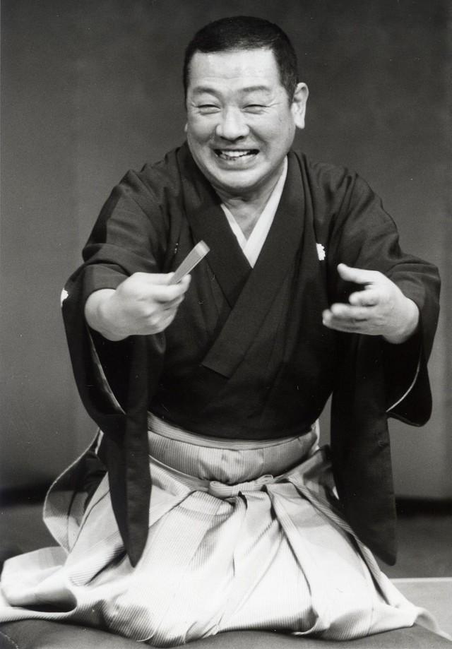 三代目・古今亭志ん朝(1938~2001) : 有名人の墓巡り~昭和の著名人 ...