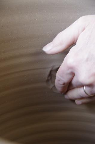 フラワーポットのデコレーション体験のご案内:BIZEN陶器芸術祭_d0229351_16175929.jpg