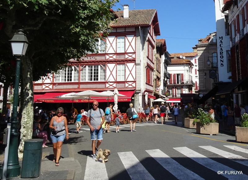 サン・ジャン・ド・リュズ Ⅲ 街歩きは続く…_a0092659_19242237.jpg