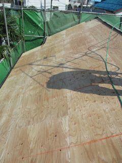 練馬区の北町で、屋根取り替え工事_c0223192_00043279.jpg