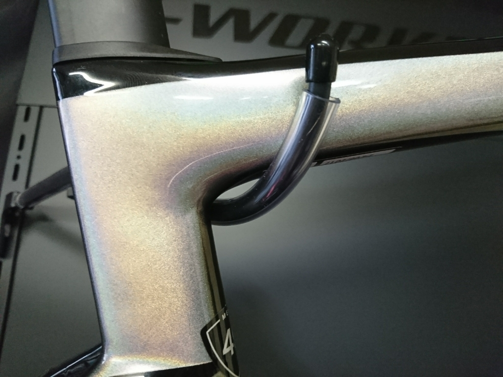 SPECIALIZED S-WORKS TARMAC SAGAN SUPER STAR FRAME SET入荷しました!_b0282021_17004548.jpg