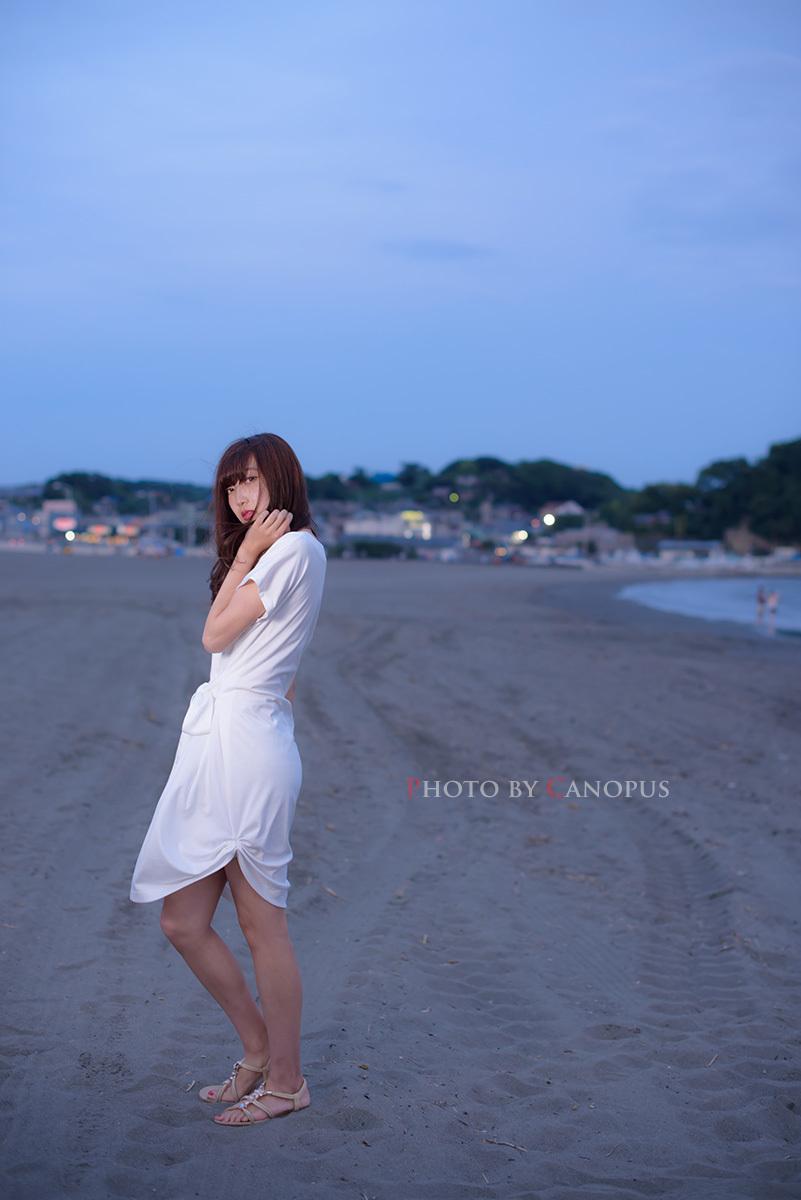 少し肌寒い潮風が、寂しさを感じさせる砂浜_e0196140_19275967.jpg