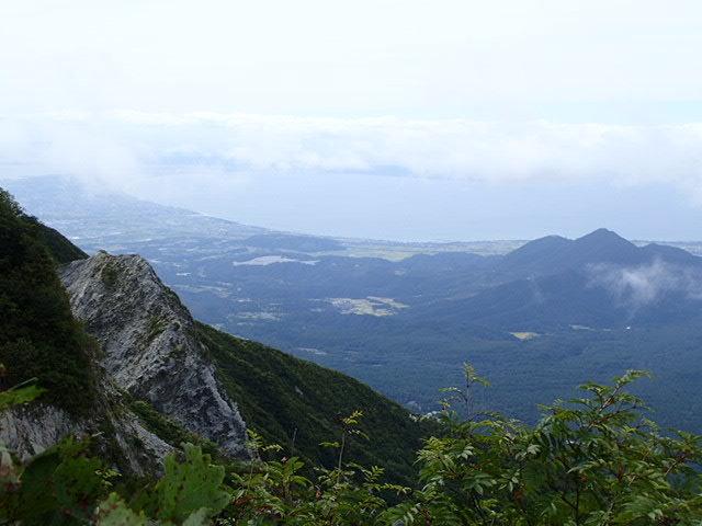 大山中ノ沢無雪期登攀_b0077448_08220847.jpg