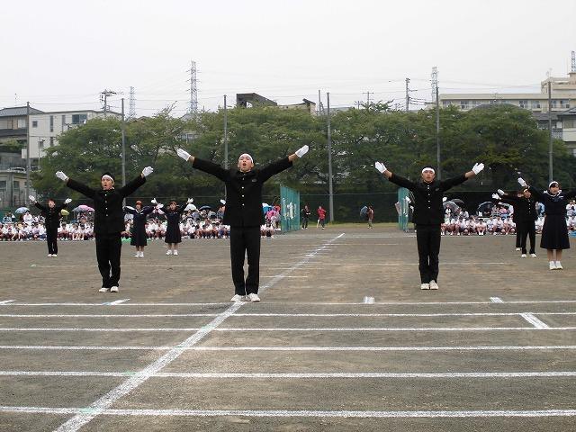 台風が近づく中での今泉地区敬老会と吉原二中の運動会_f0141310_07542552.jpg